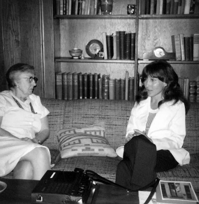 00 author interviewing kdl, late 1970s or early 1980s, chapel hill