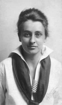 Katharine Du Pre Lumpkin at twenty-one. Courtesy of Katherine Glenn Kent.