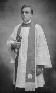 Hope Lumpkin, the sisters' oldest brother, rector of Grace Episcopal Church, Madison, Wisconsin. Courtesy of Katherine Glenn Kent.